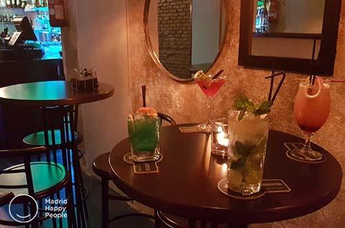 el imprevisto bar coctelería de la latina