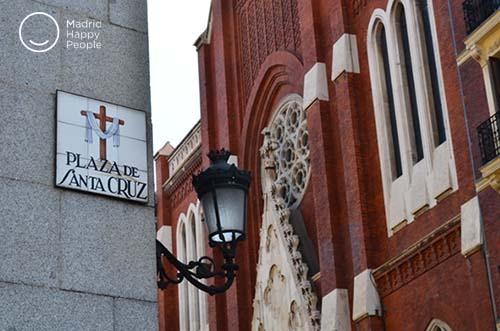 """Résultat de recherche d'images pour """"iglesia de la santa cruz de Madrid"""""""