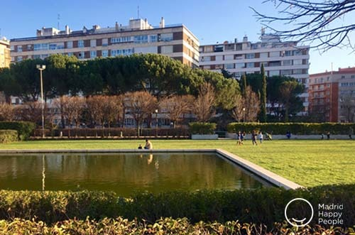 Parque Cuarto Deposito De Plaza Castilla Madrid Happy People