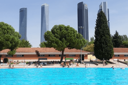 Piscinas municipales madrid 2018 madrid happy people for Piscina el pardo