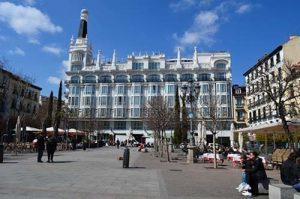 Plaza-Santa-Ana-7