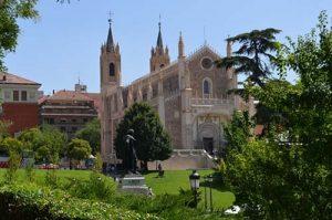 Iglesia-de-los-Jerónimos-1