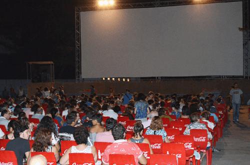 Cine De Verano La Bombilla 2019 Madrid Happy People