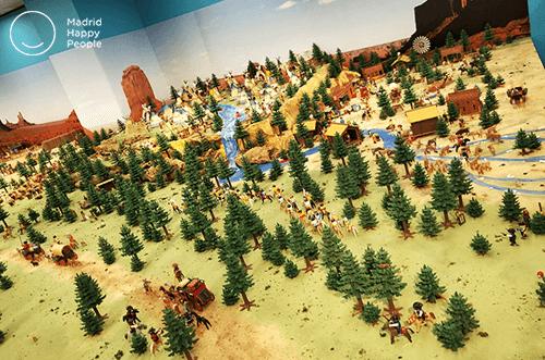 exposición Playmobil corte inglés
