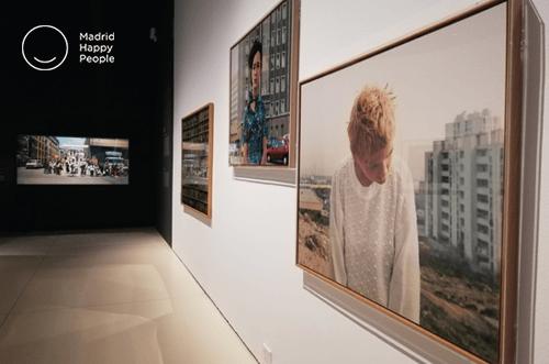 Exposición Cámara y Ciudad Caixaforum
